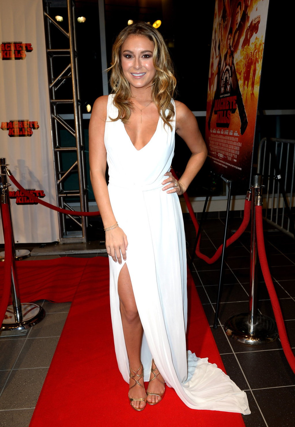 Alexa vega in white dress at machete kills red carpet altavistaventures Gallery