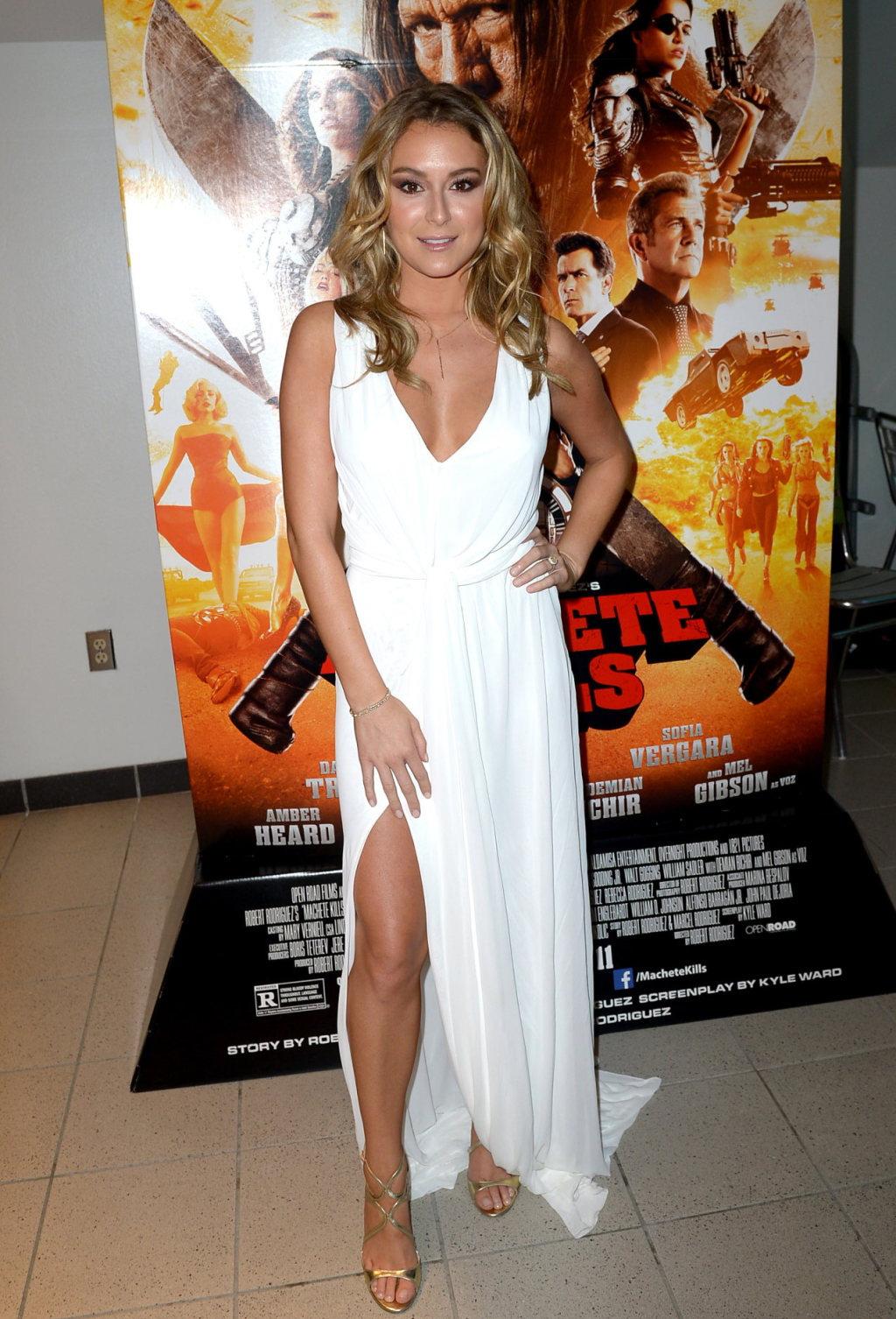 alexa vega in white dress at machete kills red carpet