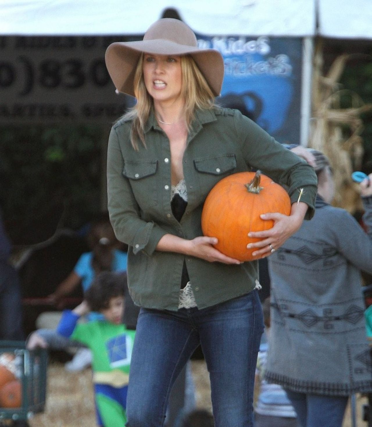Ali Larter in Jeans at Mr. bones Pumpkin Patch in Beverly Hills