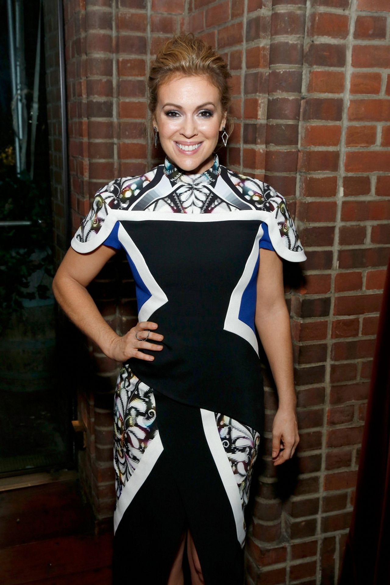 Project runway all stars premiere party host alyssa milano dishes on