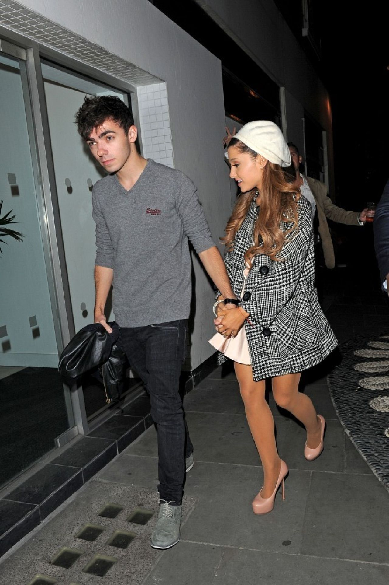 Ariana Grande Having Dinner at Sushi Samba in London