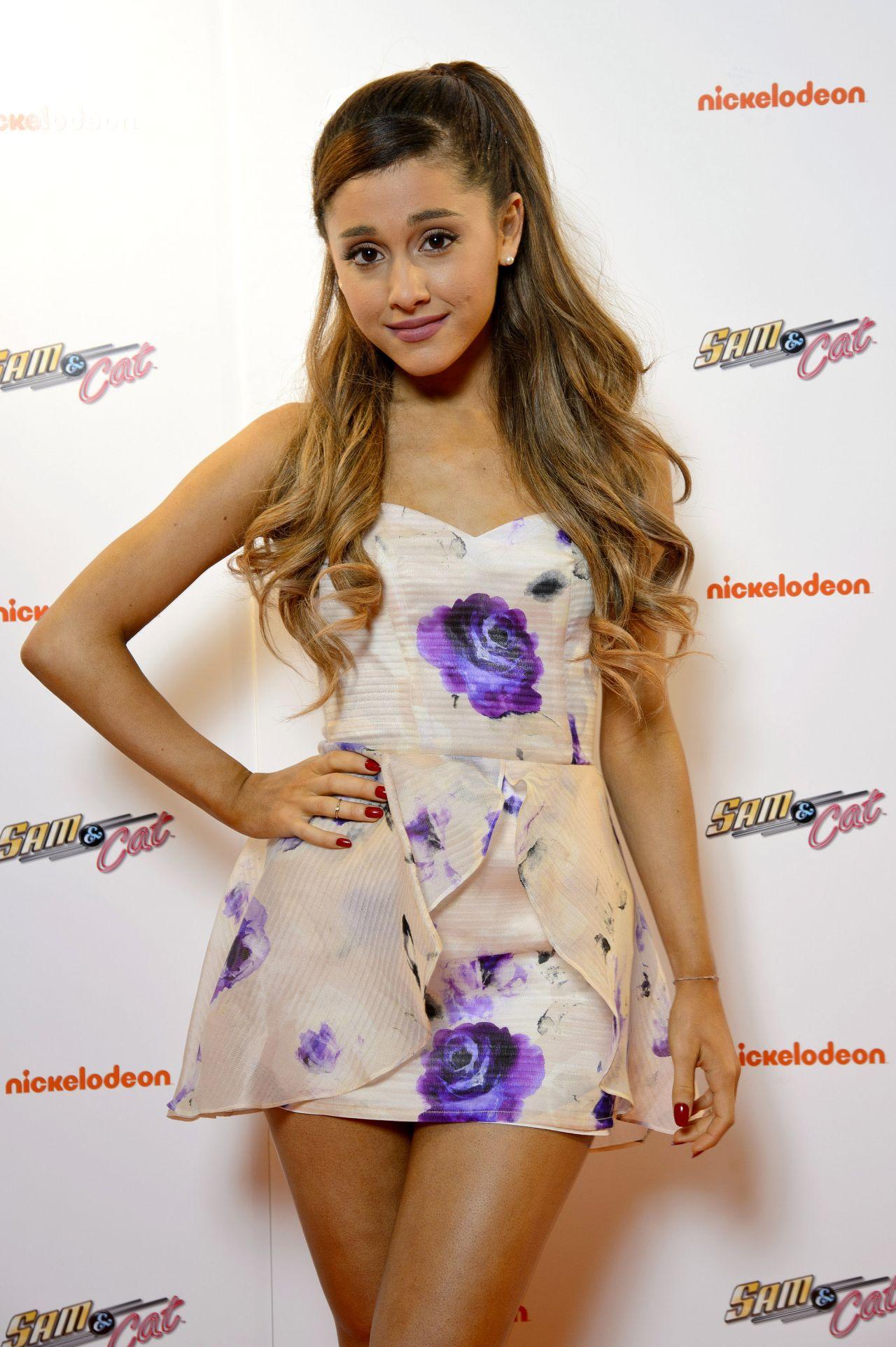 Ariana Grande -  SAM & CAT Premiere in London