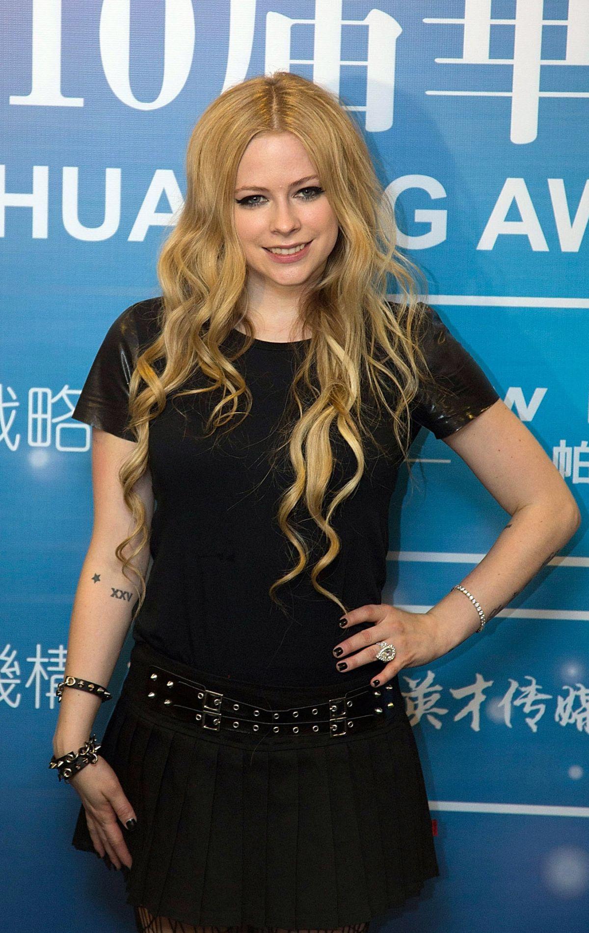 Avril Lavigne - Huading Awards Ceremony at The Venetian in Macau