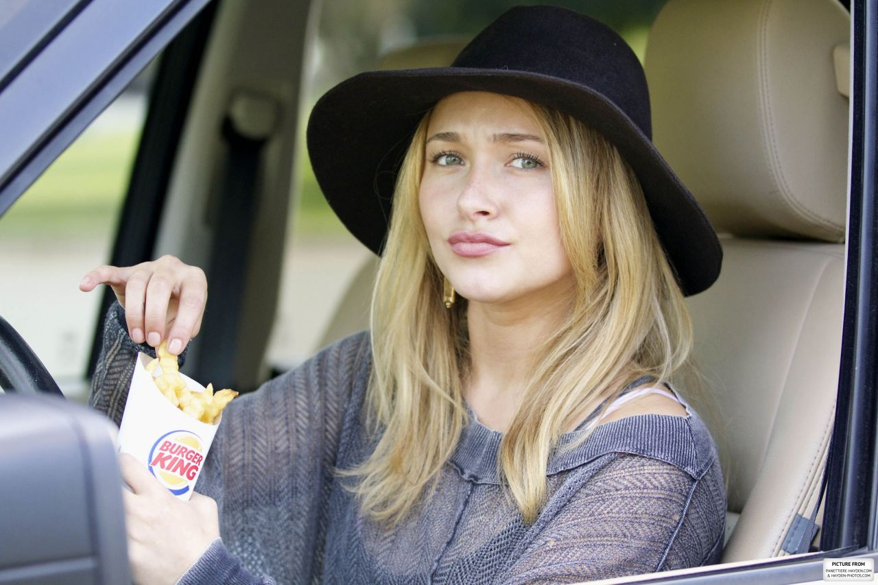 Hayden Panettiere Street Style - at the Burger King in Los Angeles