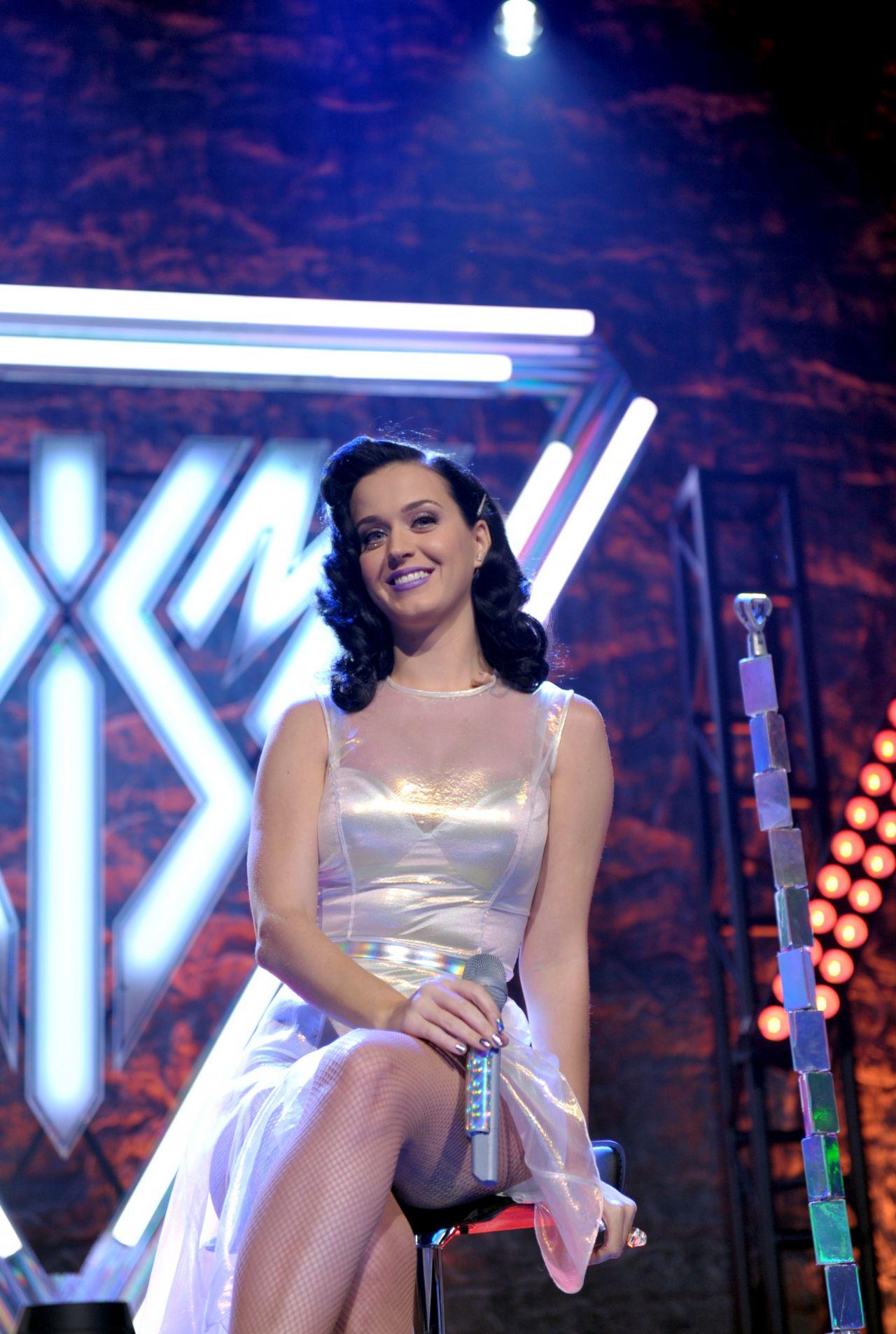 Katy Perry - See Through Skirt-8064