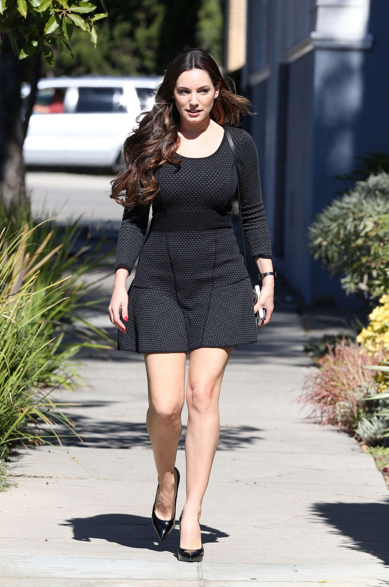 Kelly Brook In A Short Skirt