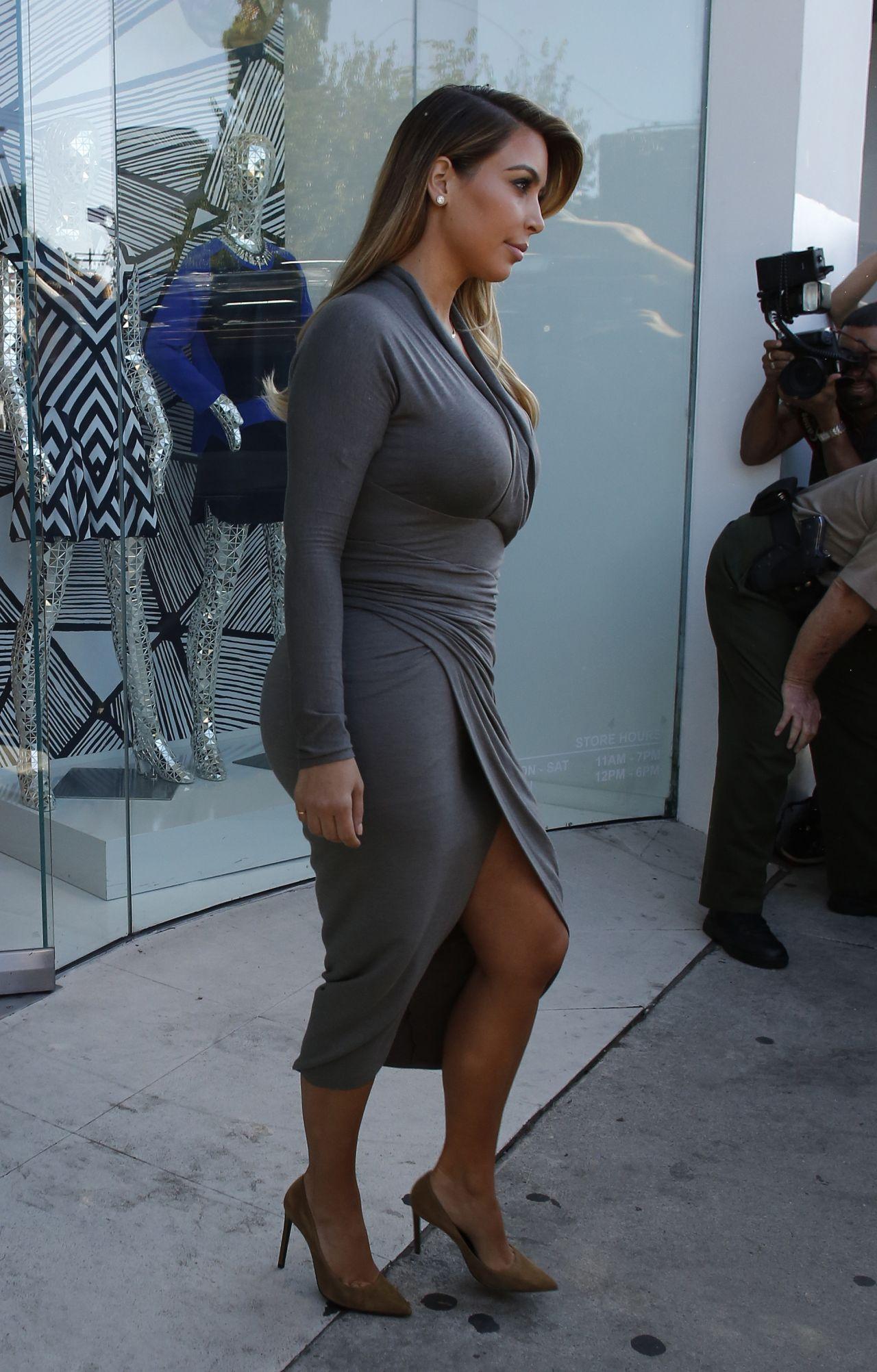 Kim Kardashian Busty In A Dress At Dash Boutique In West