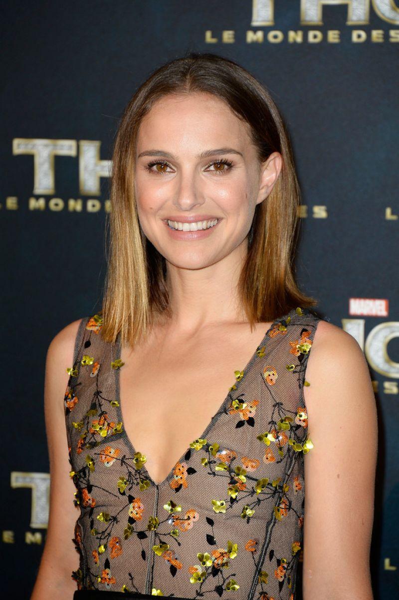 Natalie Portman - THOR: THE DARK WORLD premiere in Paris