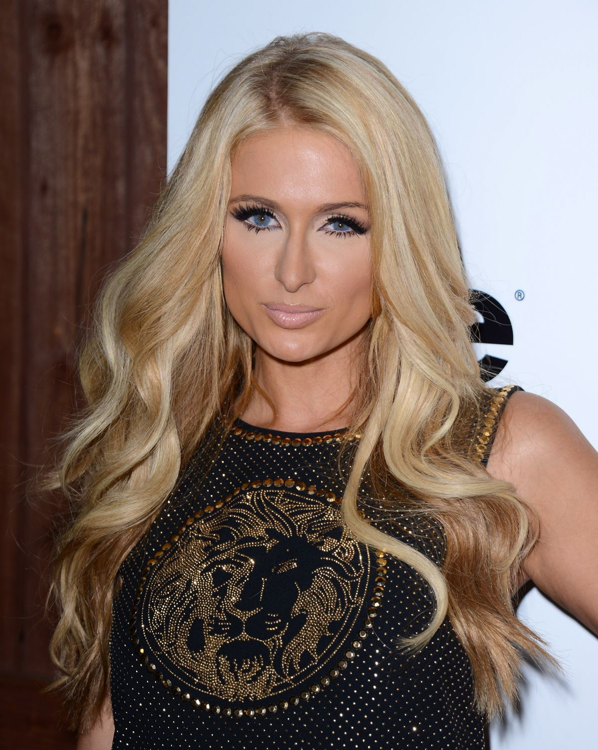 Ist Paris Hilton Single