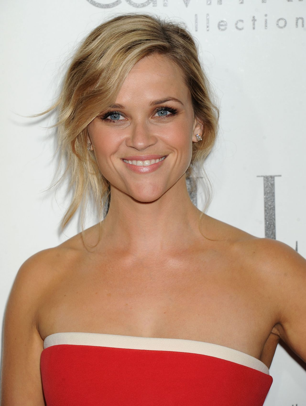 Reese Witherspoon - ELLE's 20th Annual Women in Hollywood Awards Red Carpet