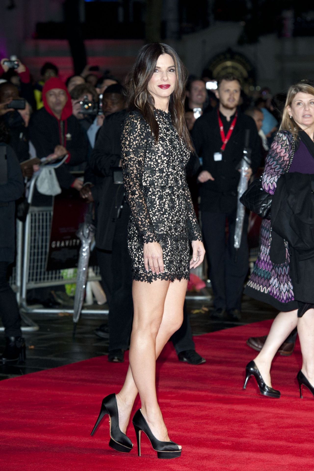 sandra bullock looks amazing gravity screening in london