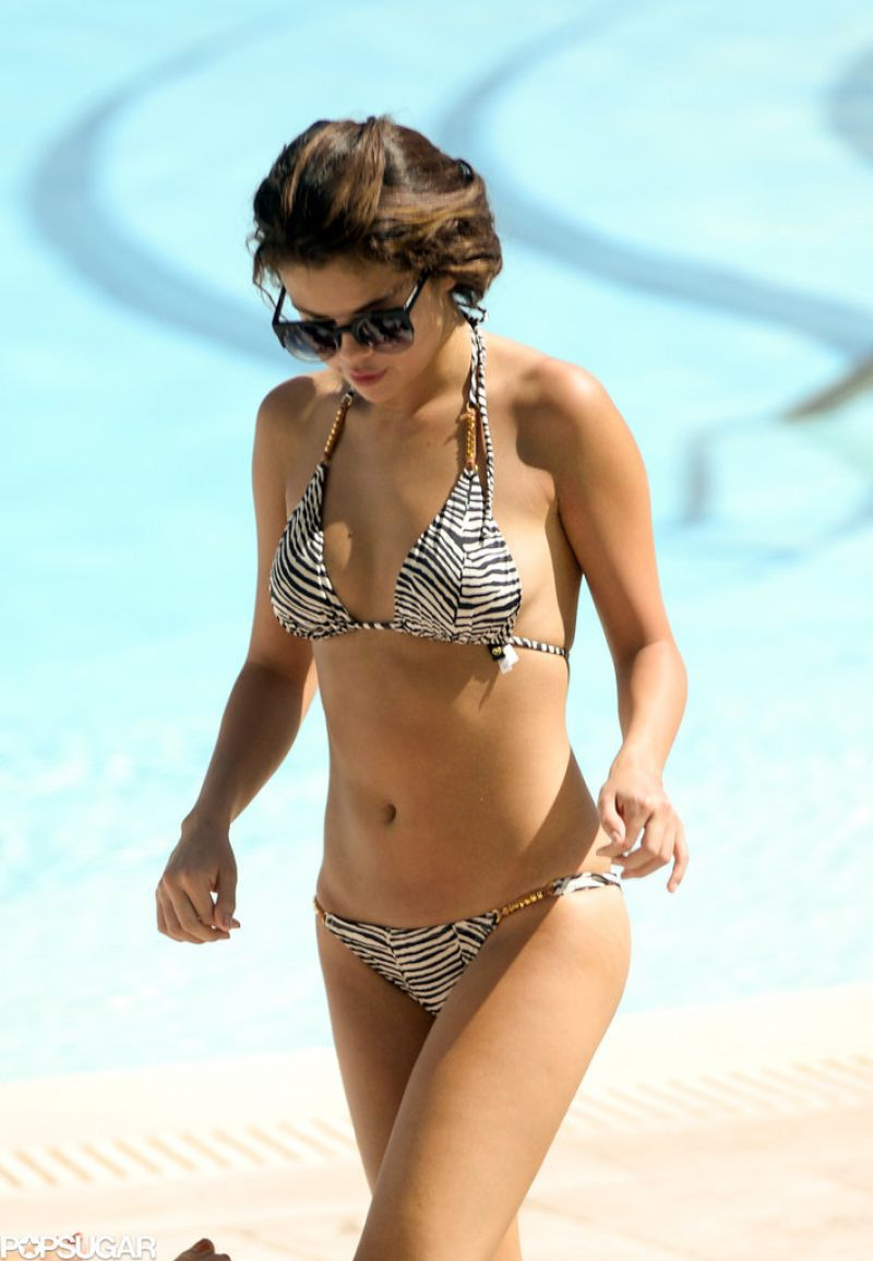 Selena Gomez In A Bikini Miami October 2013