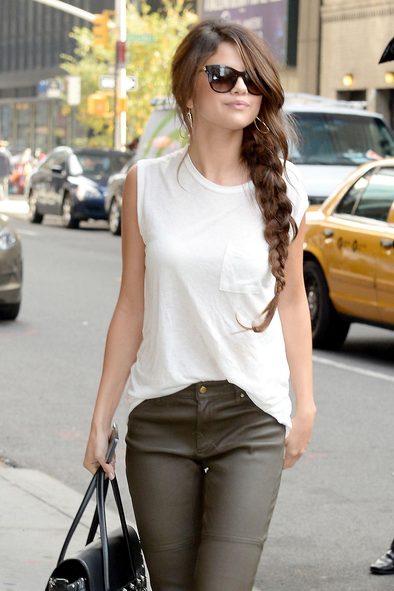 Selena Gomez Street Style - Casual