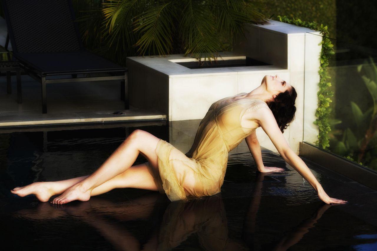 Stana Katic - Pool Photoshoot