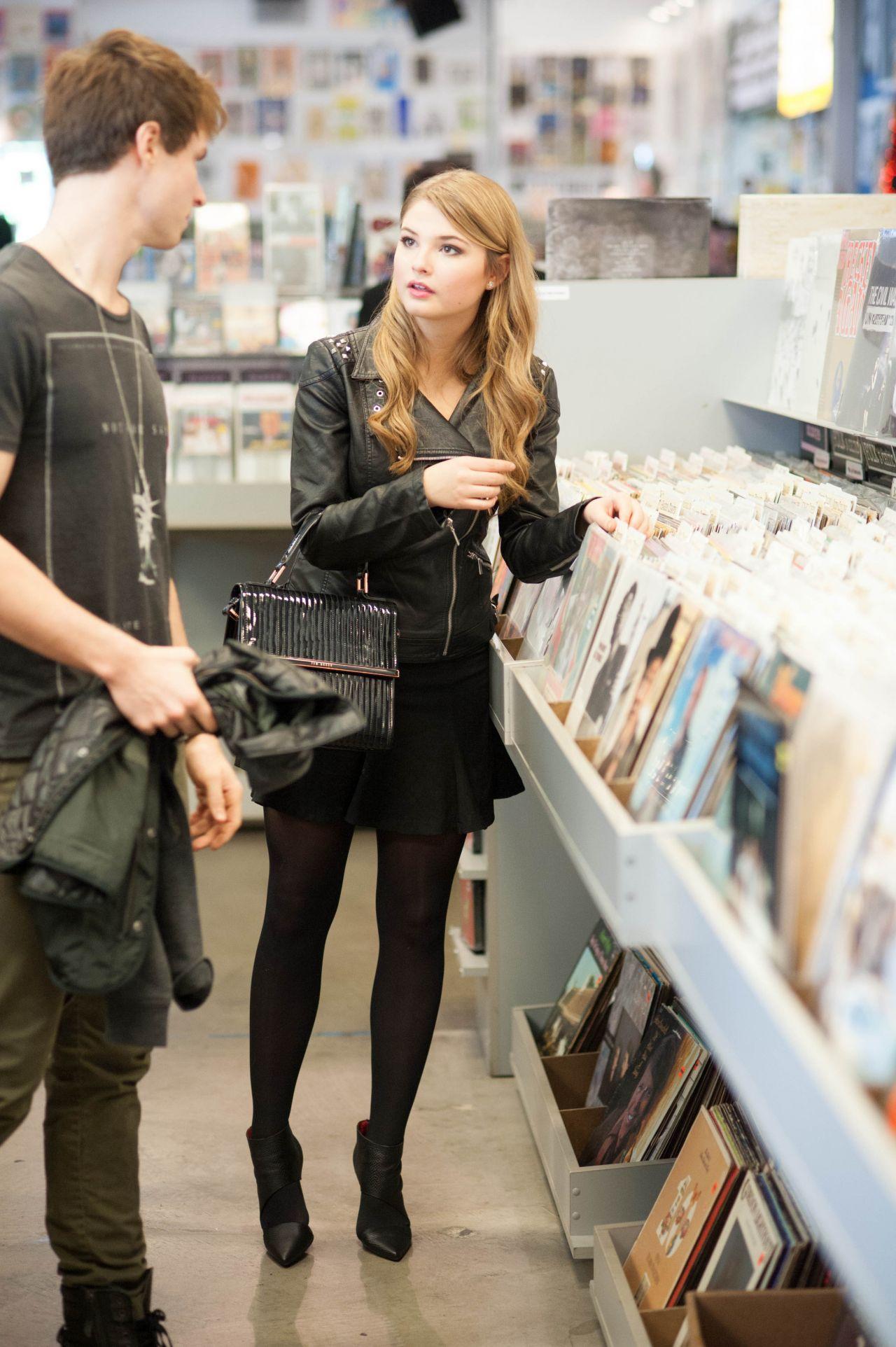 Stefanie Scott At Amoeba Music Store In Los Angeles Part Ii
