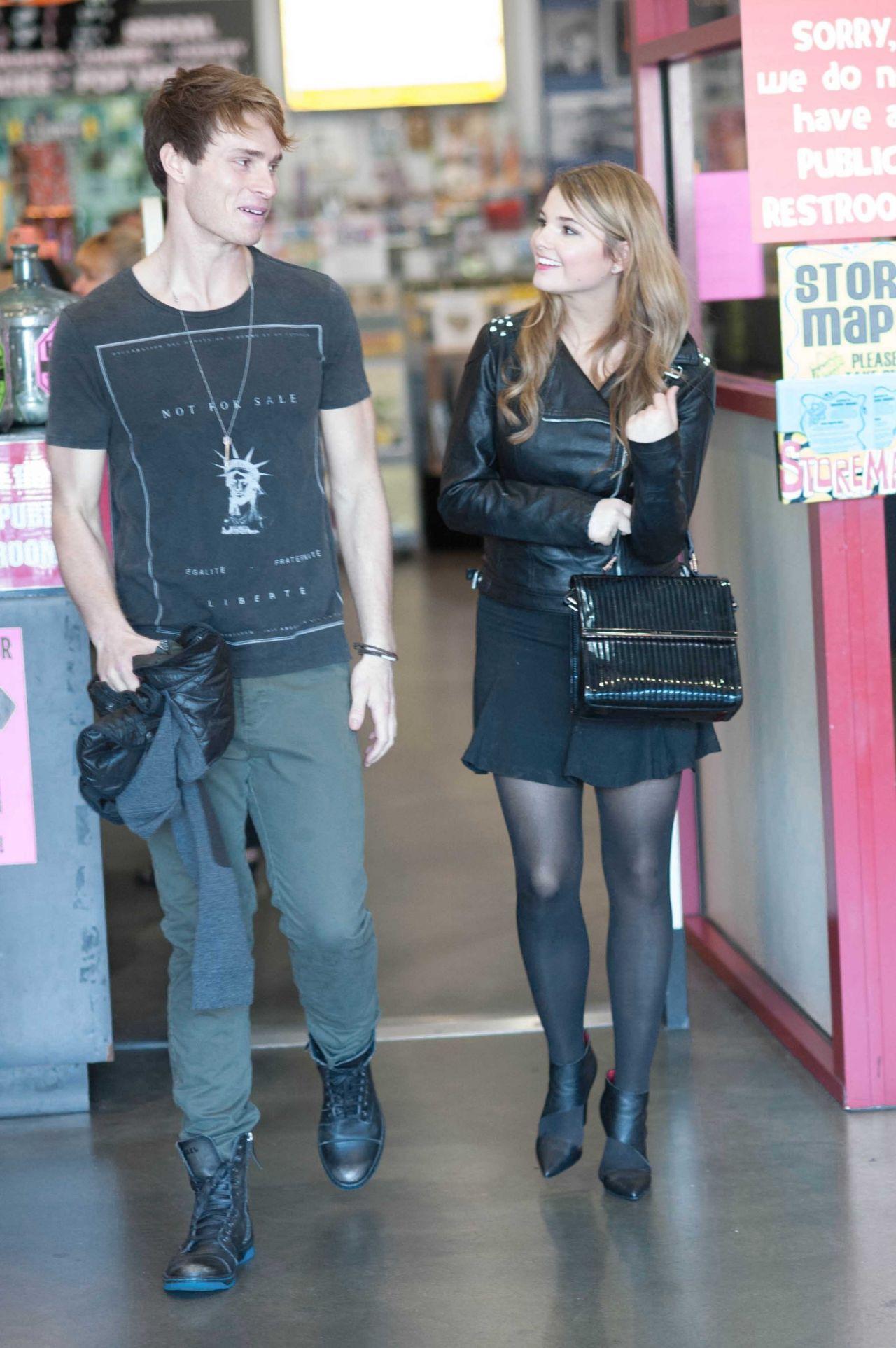 Stefanie Scott at Amoeba Music Store in Los Angeles - Part ...