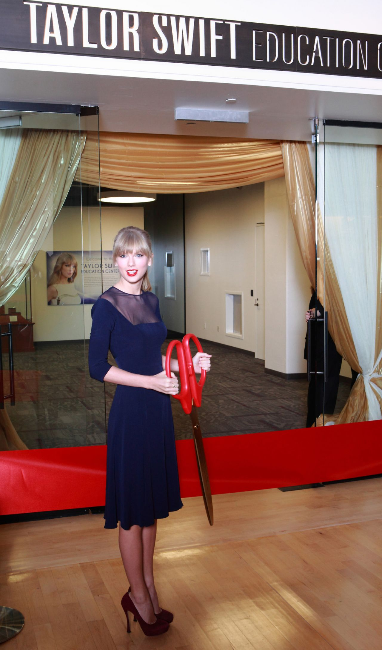 Taylor Swift at Opening of the Taylor Swift Education Center in Nashville