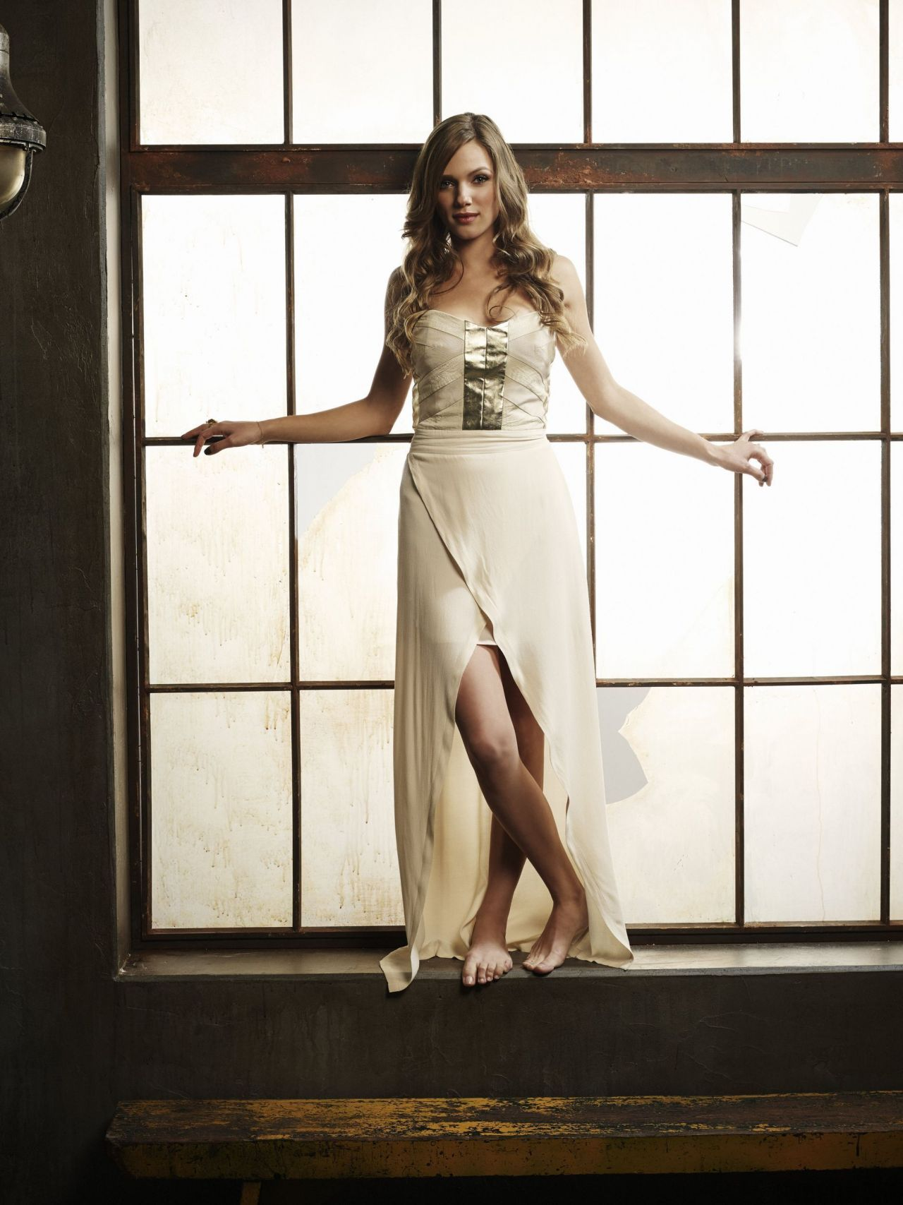 Tracy Spiridakos Revolution Season 2 Photoshoot