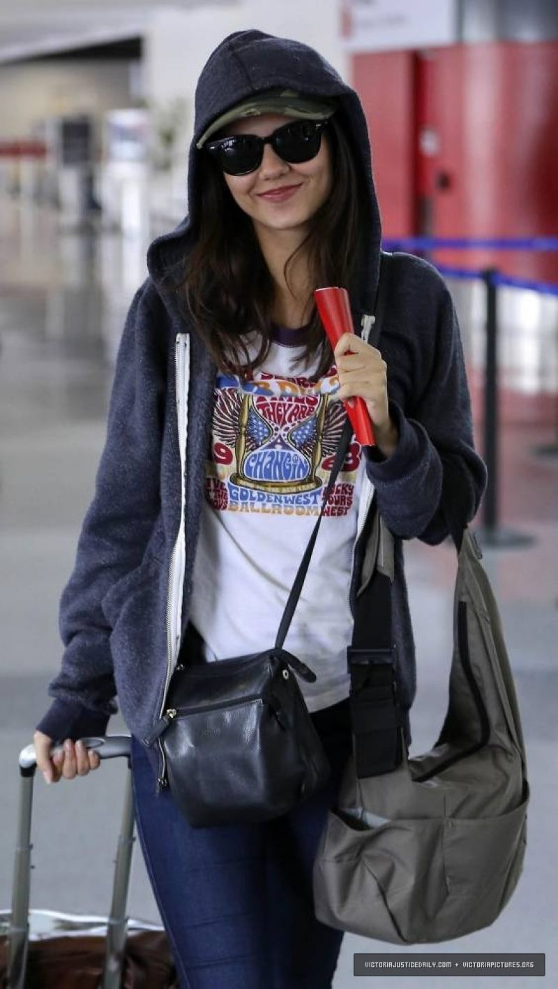 Victoria Justice in Jeans, At LAX Airport in Los Angeles