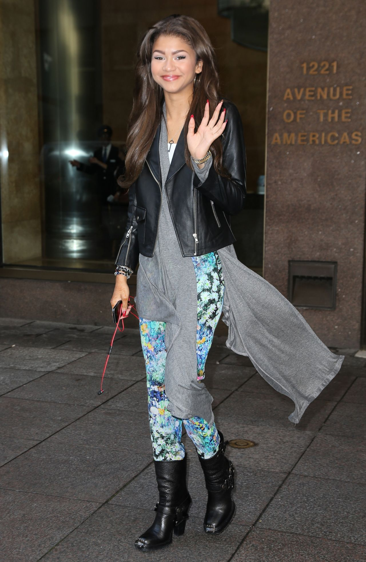 Zendaya Coleman Street Style - in New York, October 15, 2013