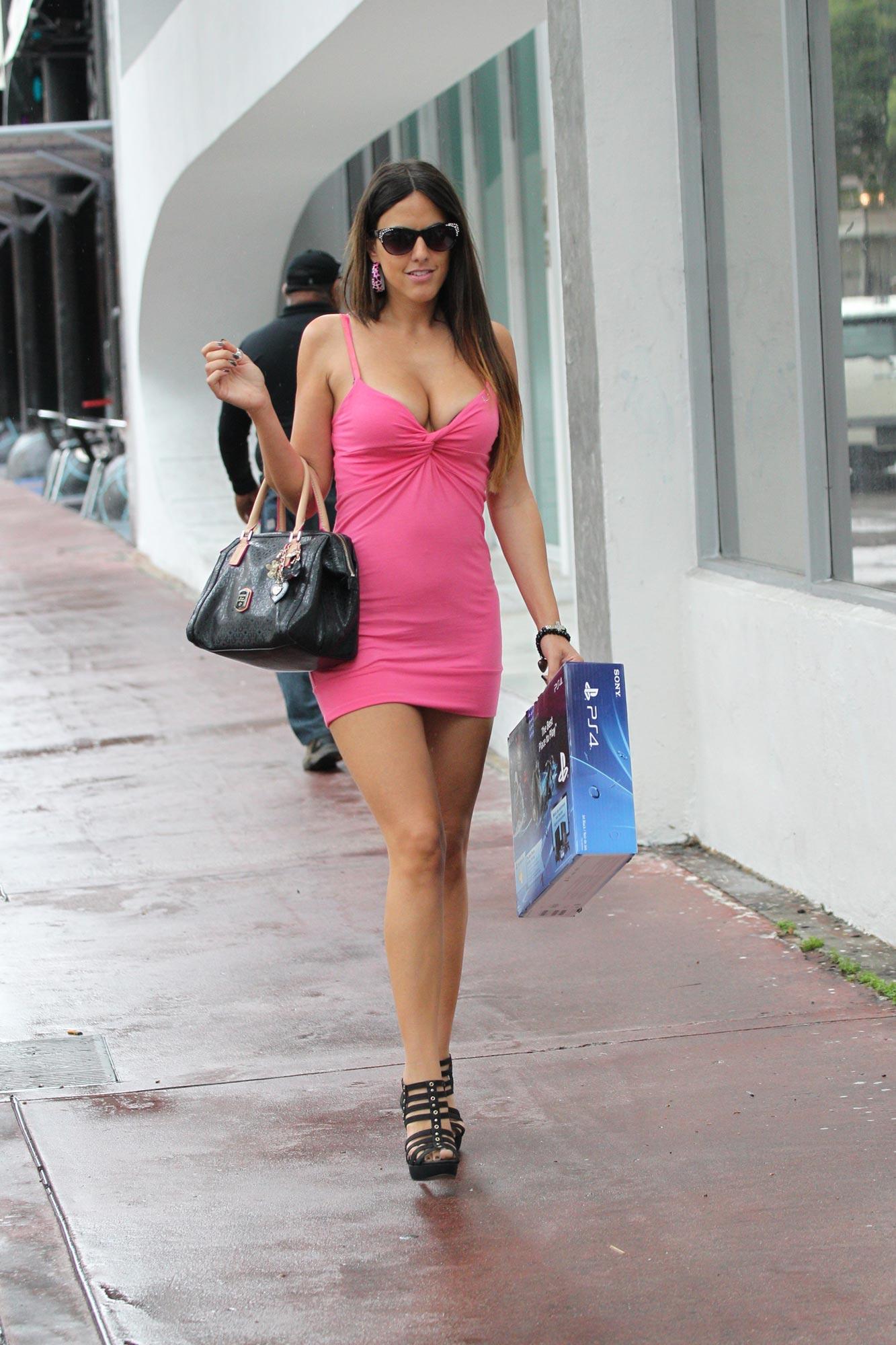 Claudia Romani Street Style - Shopping in Miami - November ... | 1333 x 2000 jpeg 283kB