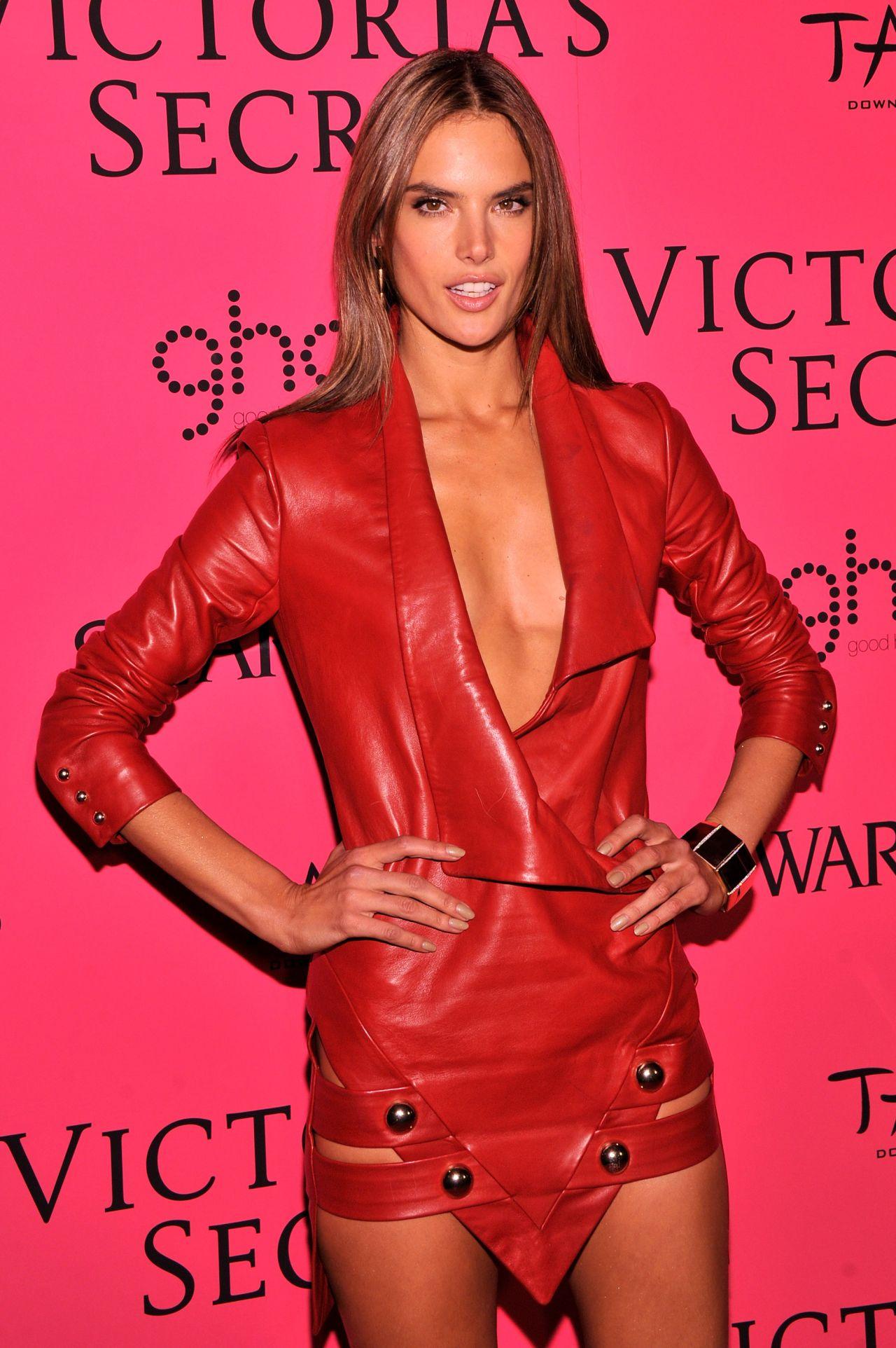 7. Alessandra Ambrosio | Fashion, Victoria secret fashion