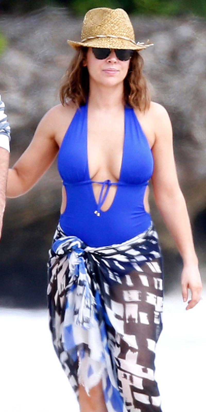 Alyssa Milano In Bikini