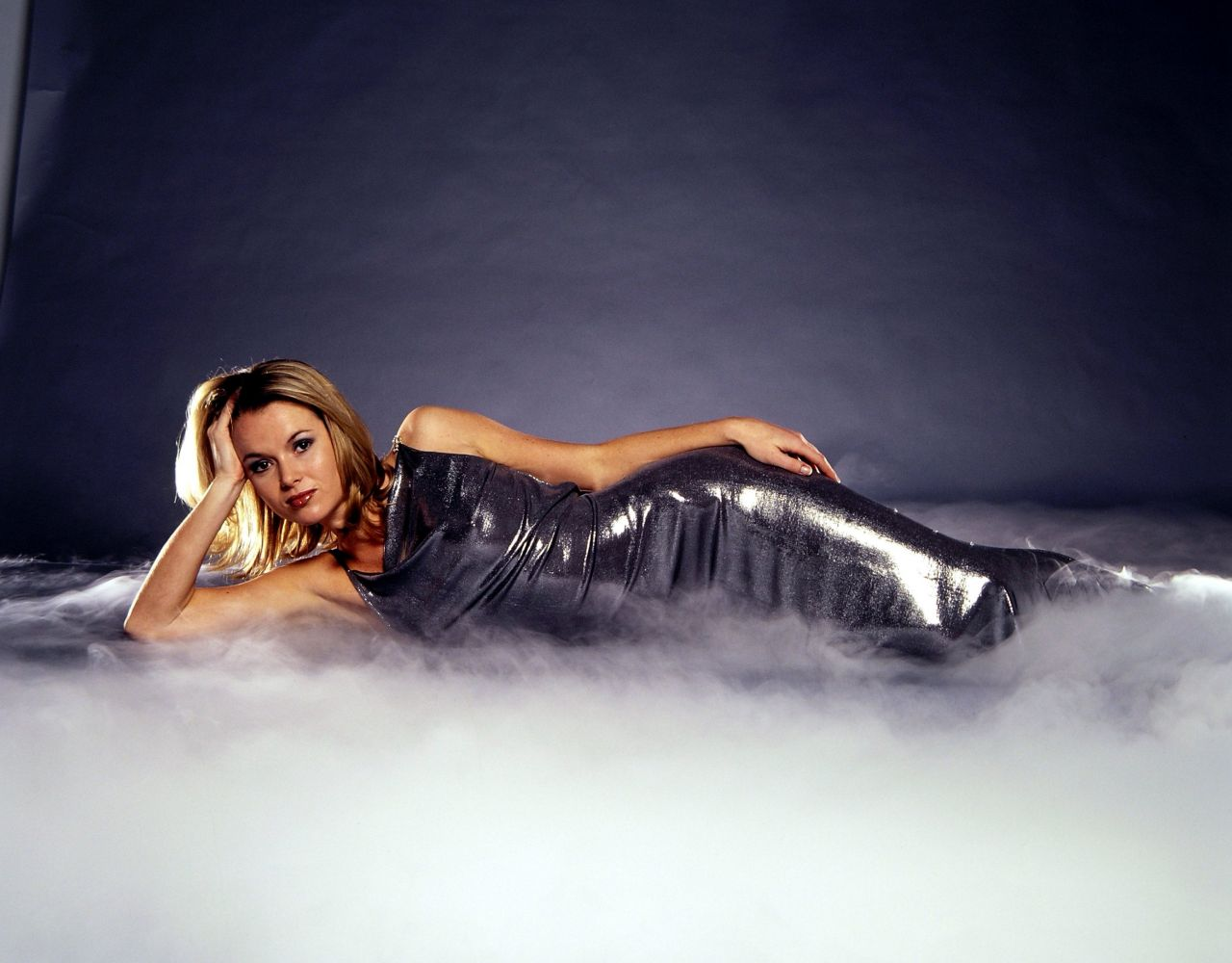 amanda holden wallpaper palm - photo #17