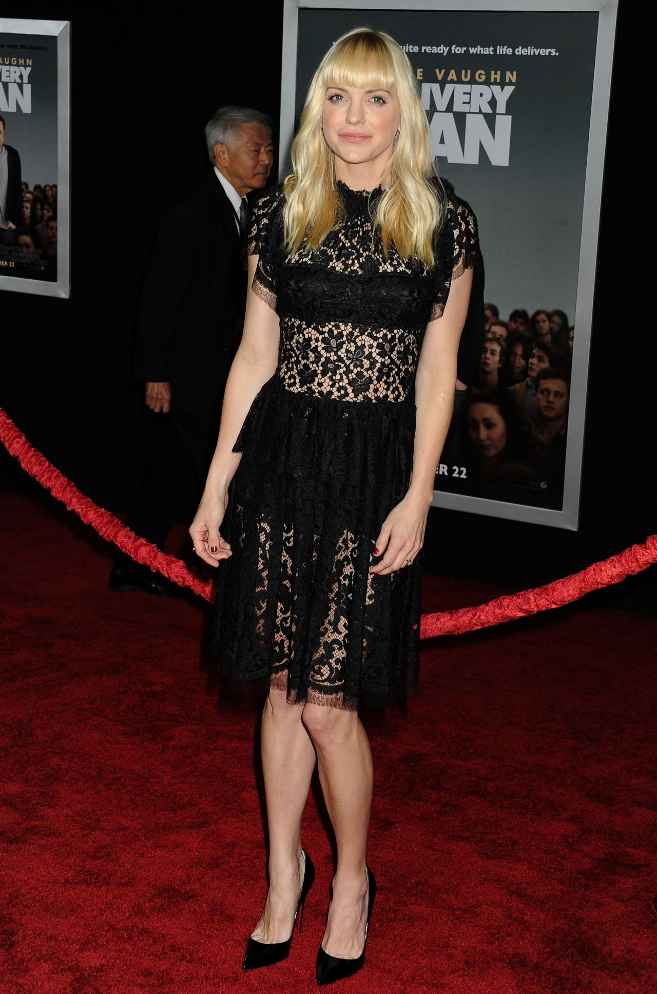 Anna Faris On Red Carpet Delivery Man Movie Premiere In