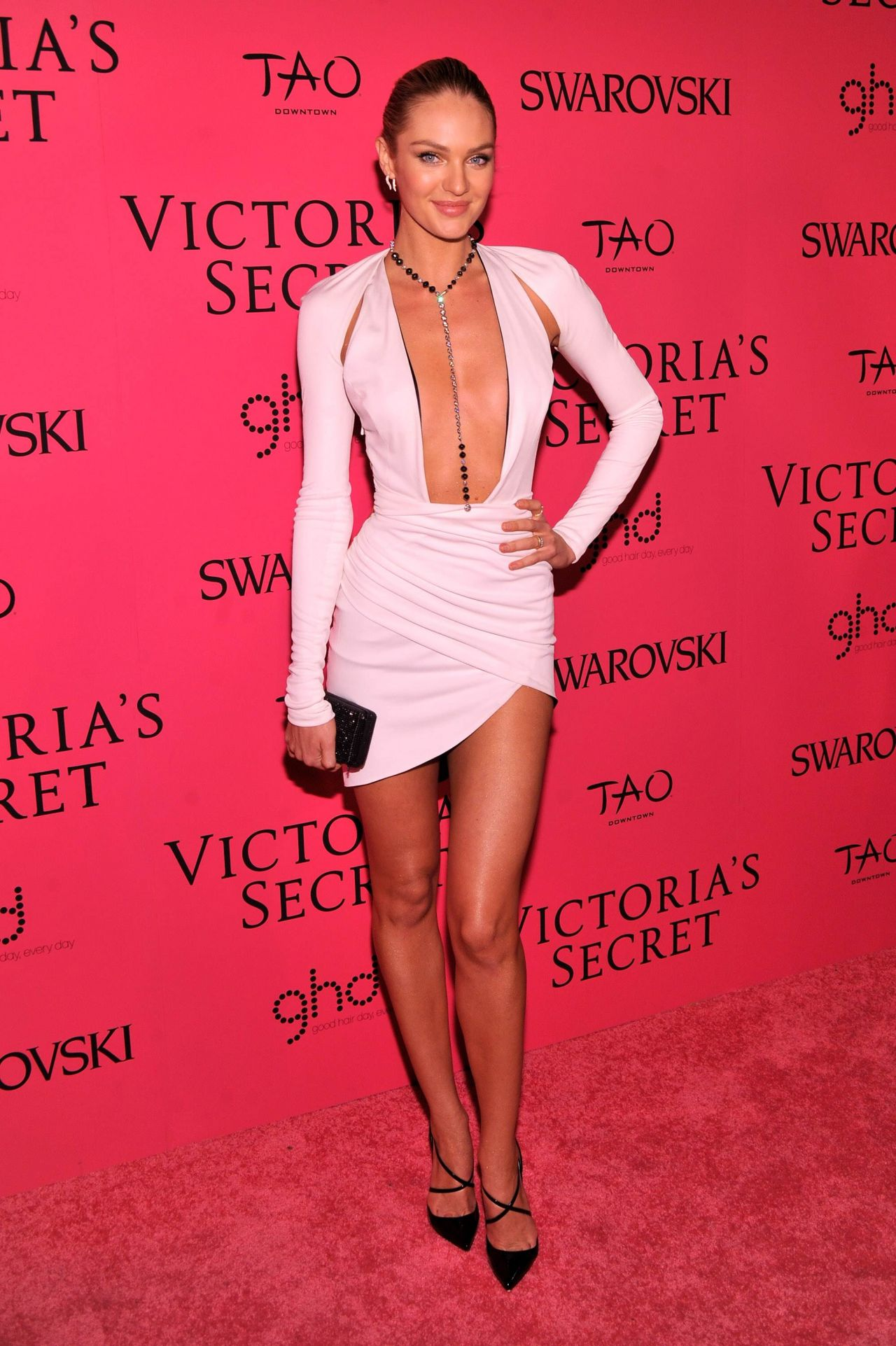 Candice Swanepoel Hot Red Carpet Photos