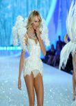 Candice Swanepoel Runaway Pics - Victoria
