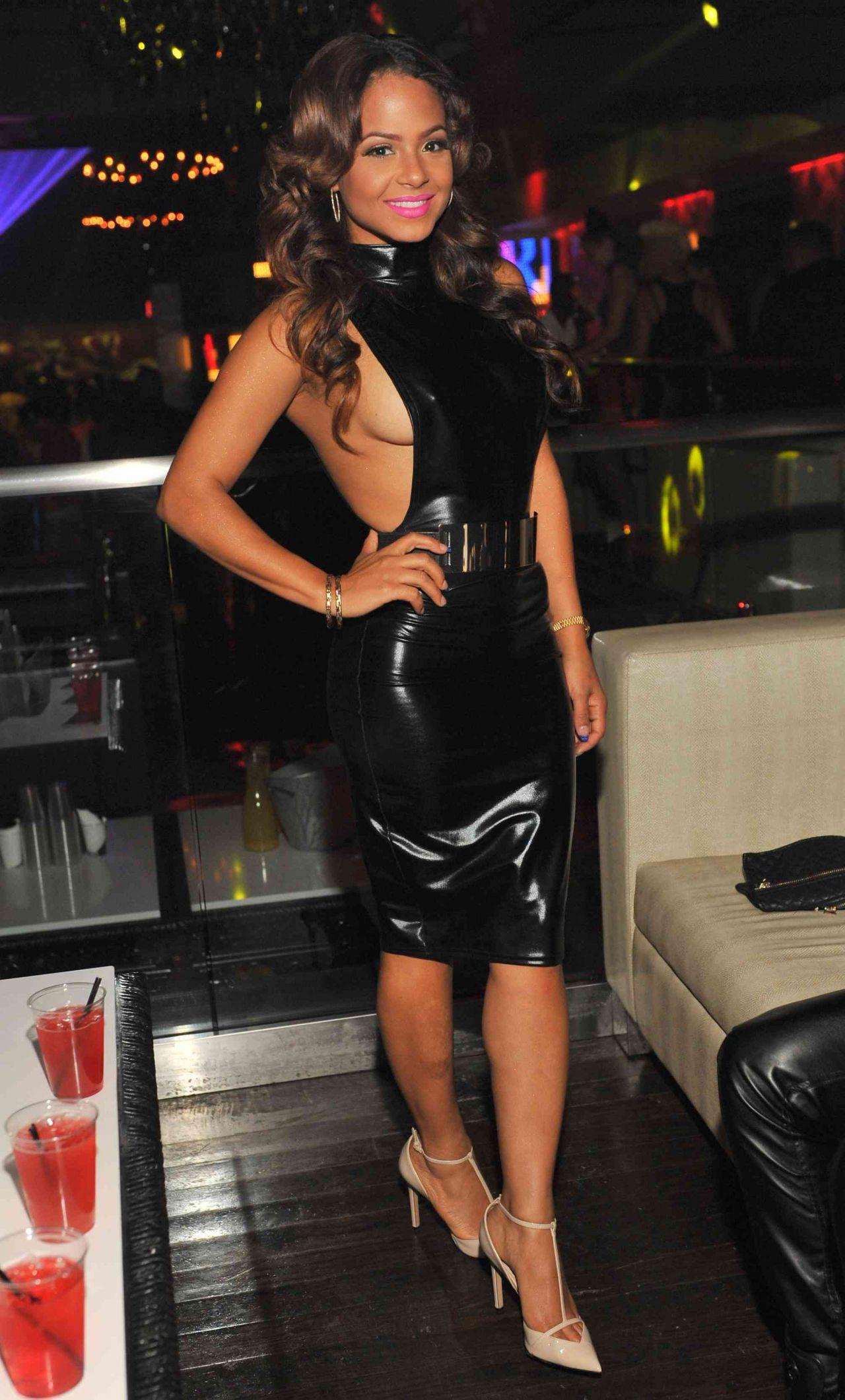 Christina Milian Latest Hot Pics In Black Dress At Priv 233