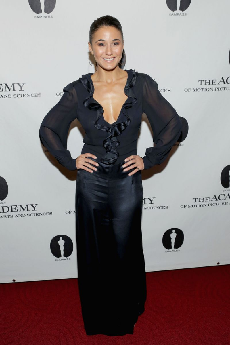 Emmanuelle Chriqui On Red Carpet - At The Academy Of -8367