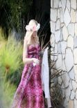 Gwen Stefani Street Style - Going to a Baby Shower in Los Angeles