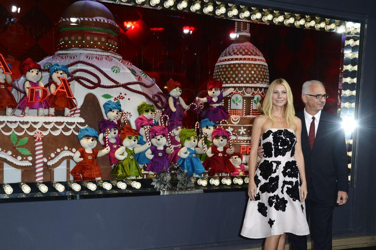 Paltrow printemps haussmann christmas decorations launch in paris