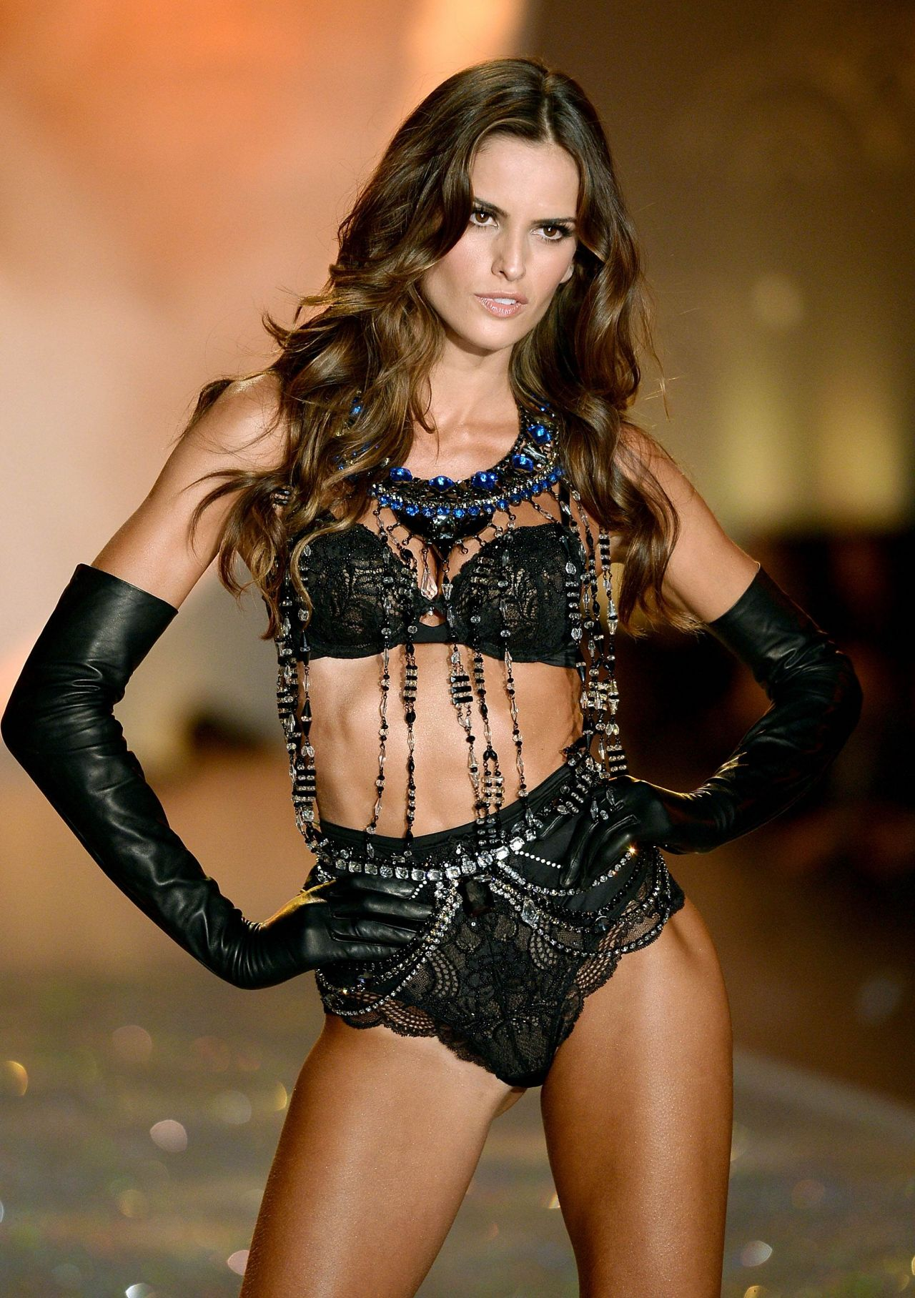7fa1851a81 Izabel Goulart – Victoria s Secret Fashion Show – Runway – New York City  November 2013