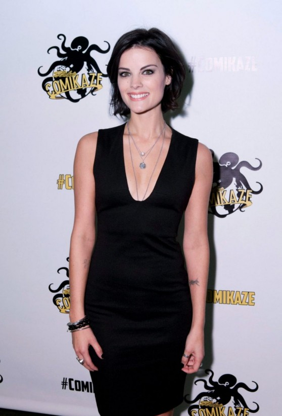 jaimie-alexander-stan-lee-s-comikaze-expo-in-los-angeles_2