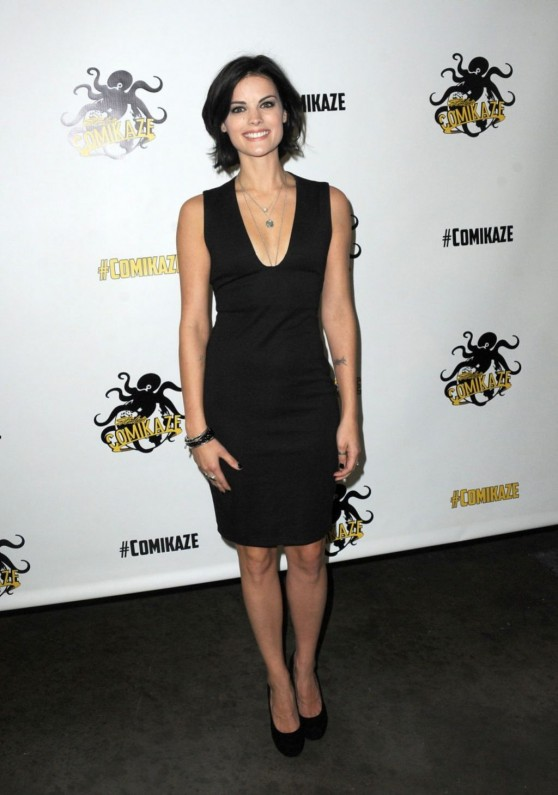 jaimie-alexander-stan-lee-s-comikaze-expo-in-los-angeles_4