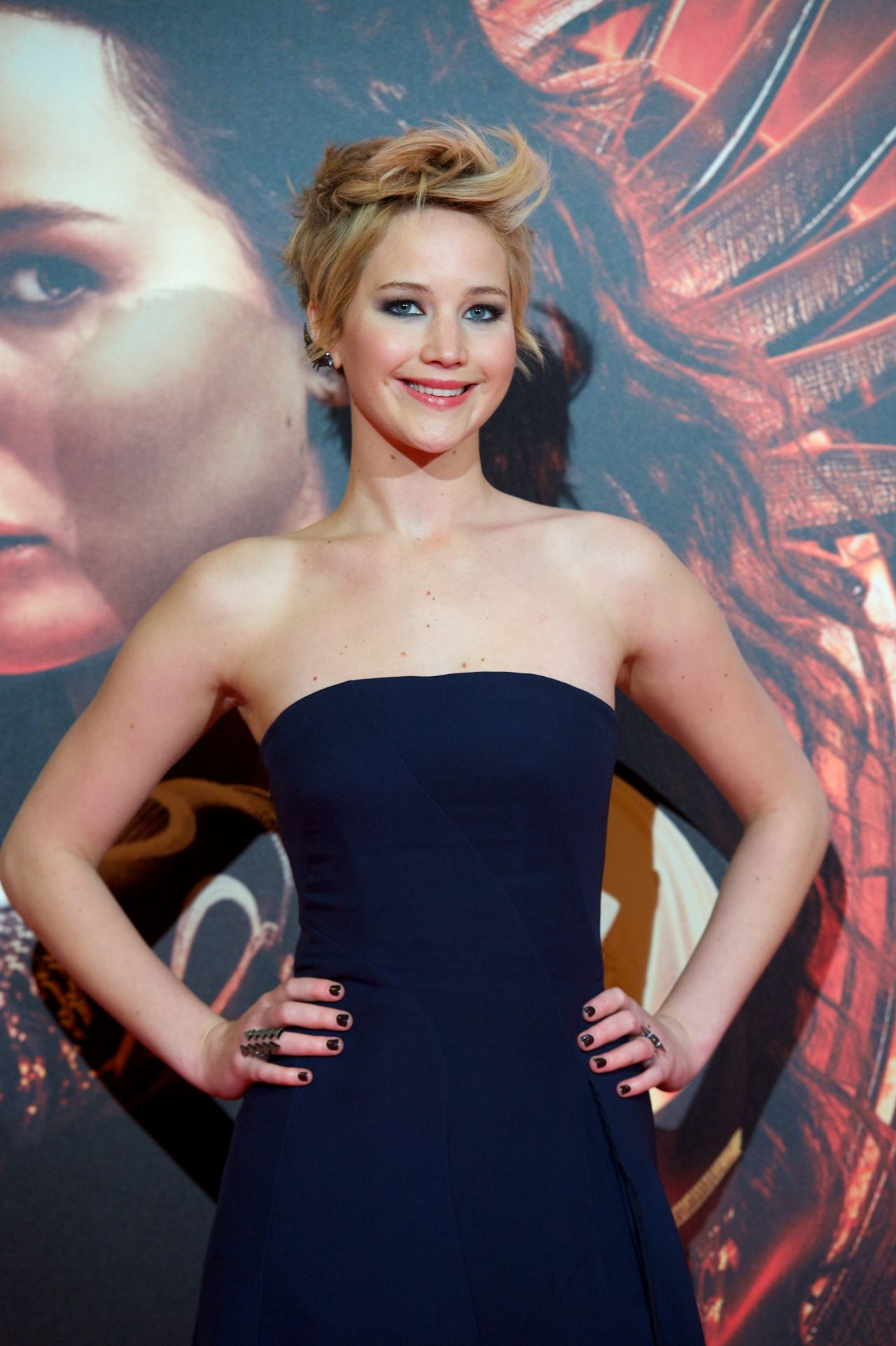 Jennifer Lawrence Red Carpet Photos - THE HUNGER GAMES: CARCHING FIRE Movie Premiere in Madrid