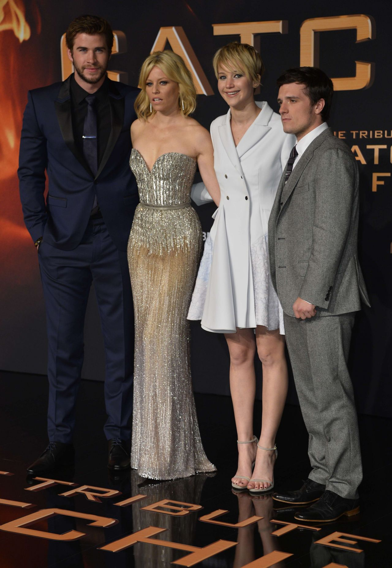Lawrence red carpet photos the hunger games catching fire jennifer lawrence red carpet photos the hunger games catching fire premiere in berlin voltagebd Gallery