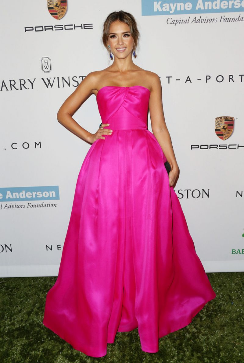 Jessica Alba on Red Carpet - Second Annual Baby2Baby Gala
