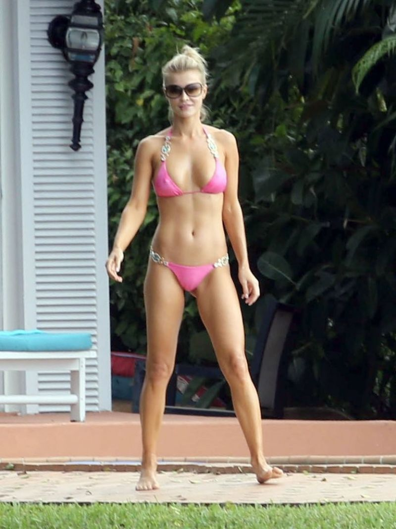 Joanna Krupa Bikini Photos Miami November 2013
