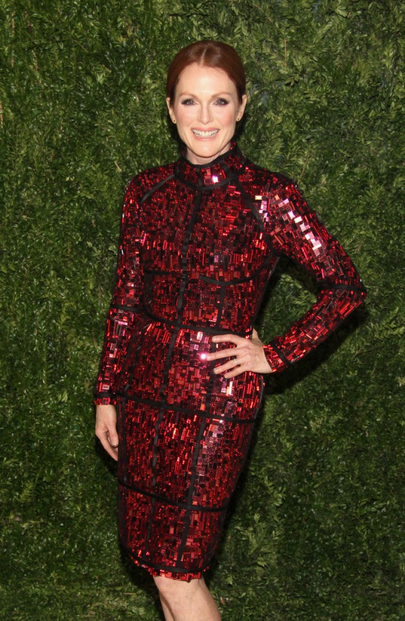 Julianne Moore - CFDA & Vogue 2013 Fashion Fund in New York City