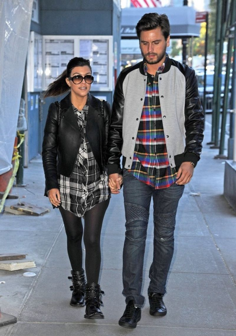 Kourtney Kardashian Street Style - Shopping in New York City