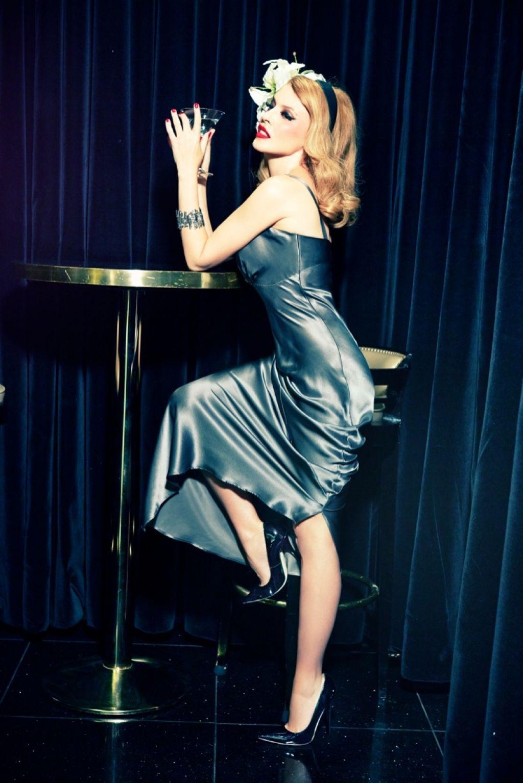 Kylie Minogue - GQ Magazine (Germany) - December 2013 Issue