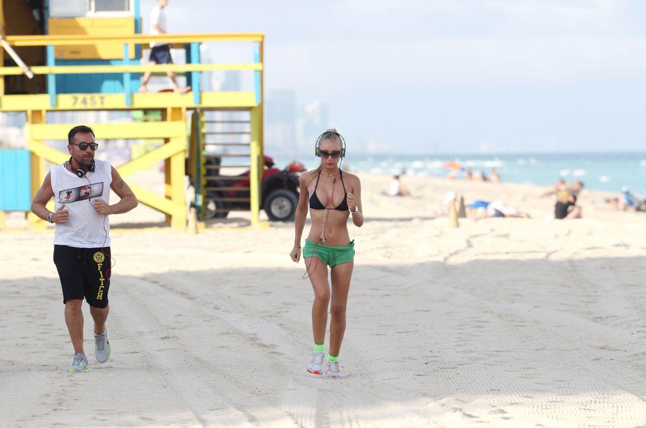 Laura Cremaschi Hot Photos Exercising In Miami Beach November 2017