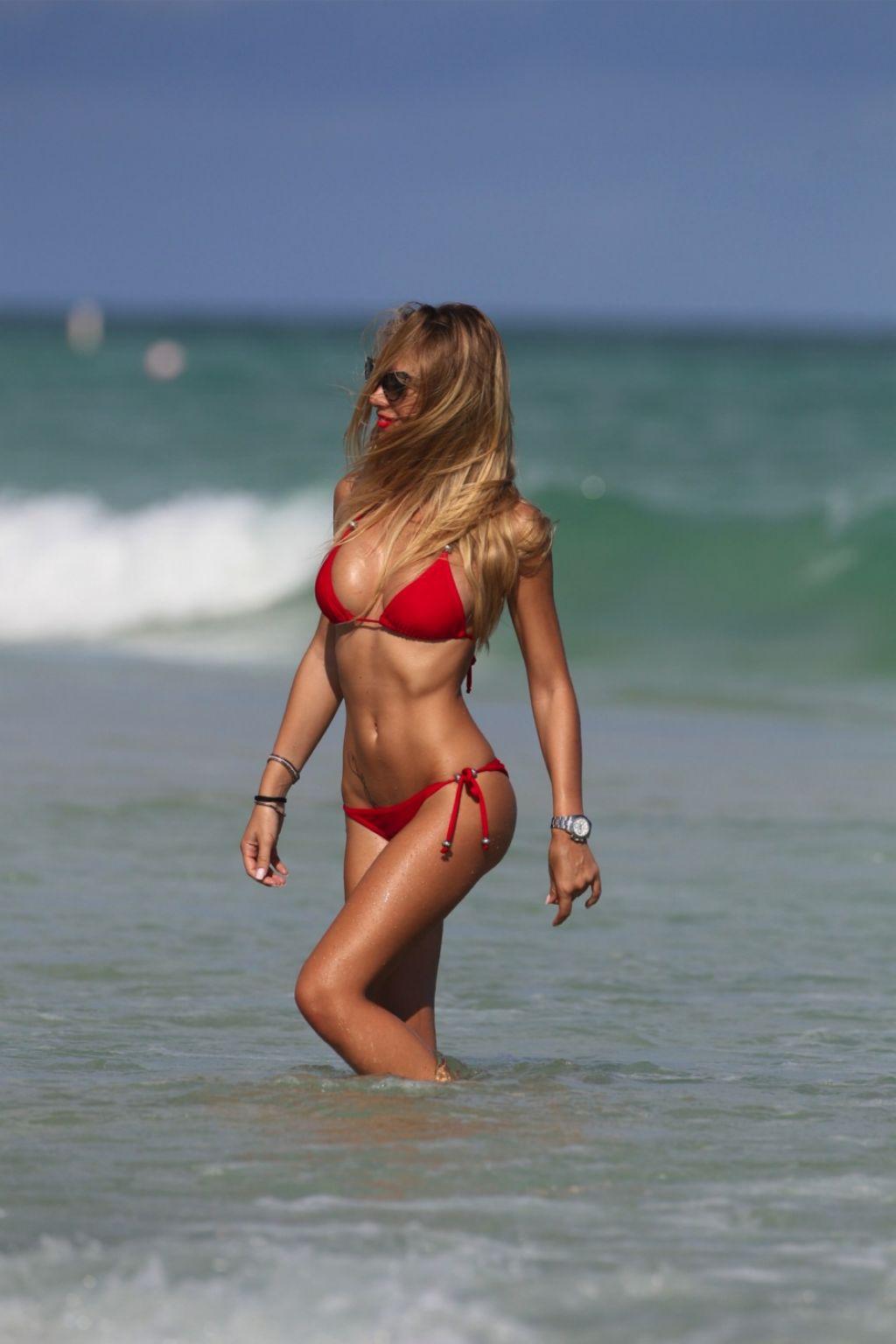 Laura Cremaschi In A Red Triangle Top Miami Beach November 2017