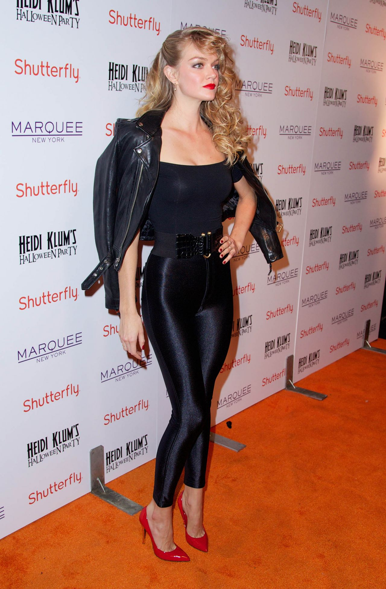 Lindsay Ellingson in Tight Pants - Heidi Klum