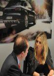 Maria Sharapova Porsche Macan