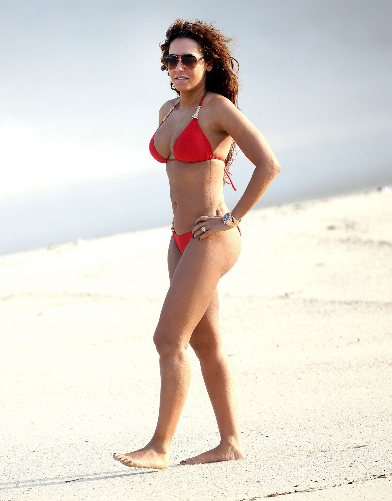Melanie Mel B Brown - wearing a bikini at a beach in Sydney 10/29/13